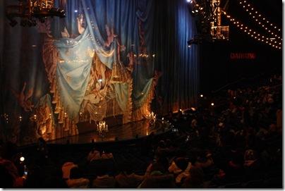 『コルテオ』舞台